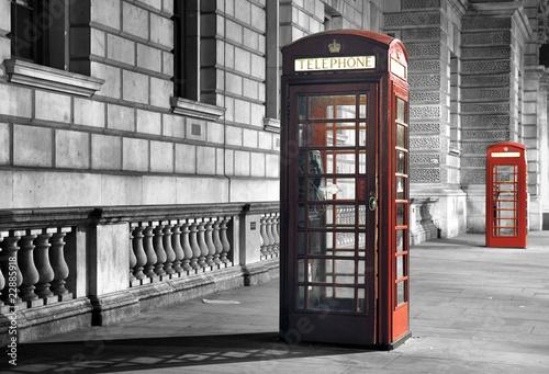 cabines de téléphone la nuit #22885918