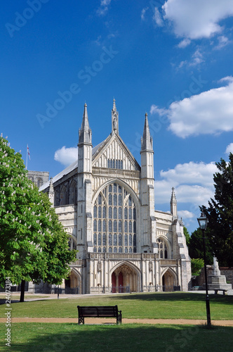 Obraz na plátně Winchester cathedral front facade and entrance