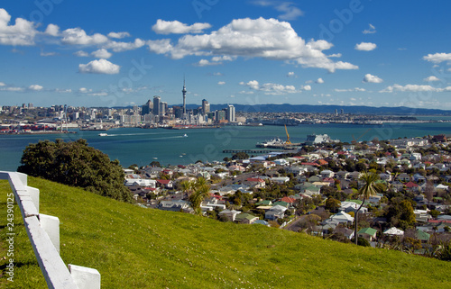 Auckland City from Mt. Vicotria