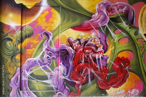 Graffiti monstruo espacial