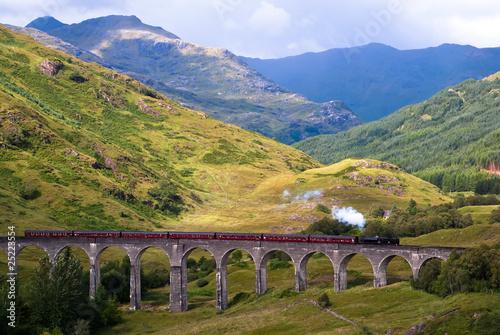 Fototapeta premium Glenfinnan Viadukt