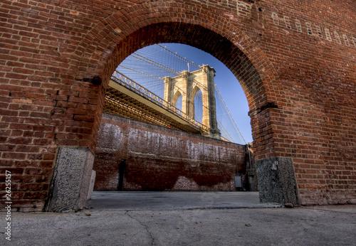 Canvas Print Window to Brooklyn Bridge
