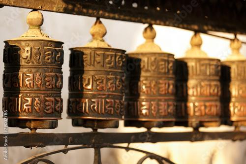 Slika na platnu tibetan prayer wheels in nepal