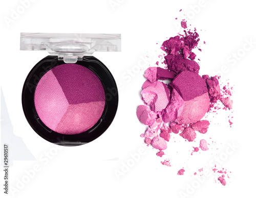 Obraz na płótnie eyeshadow in the box and crushed samples isolated on white