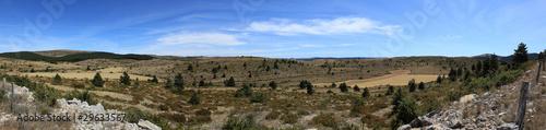 Photo vue panoramique du plateau des causses