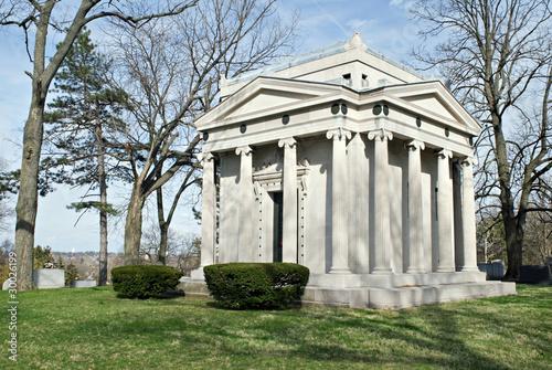 Canvas-taulu Family Mausoleum