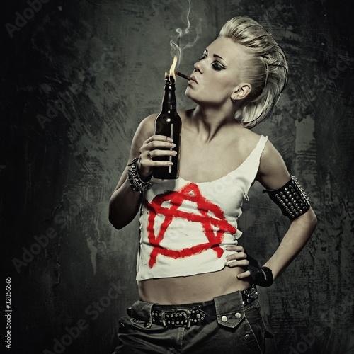 Fototapeta Punk girl smoking a cigarette