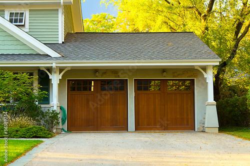 Canvas-taulu Two car wooden garage