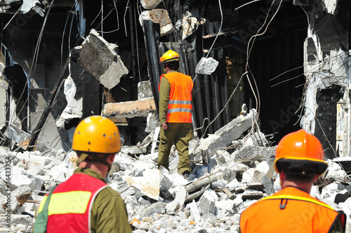 Obraz na plátně Building Emergency Disaster