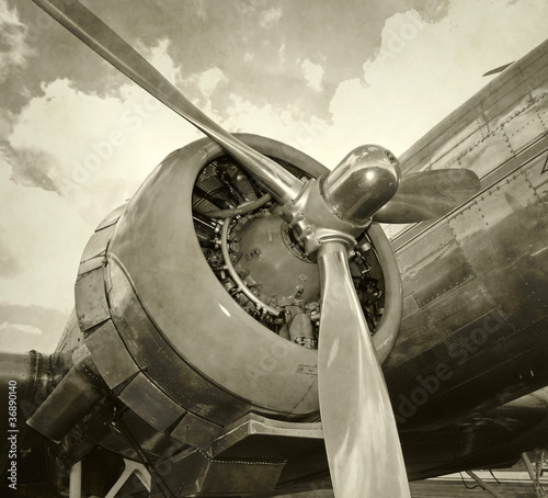Canvas Print Old engine and propeller