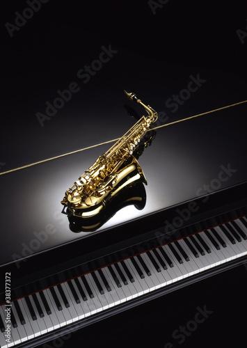 Carta da parati Saxofón y piano