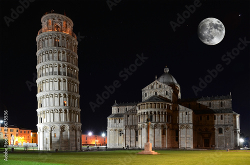 Wallpaper Mural Leaning Tower on the Piazza dei Miracoli in Pisa, Italy