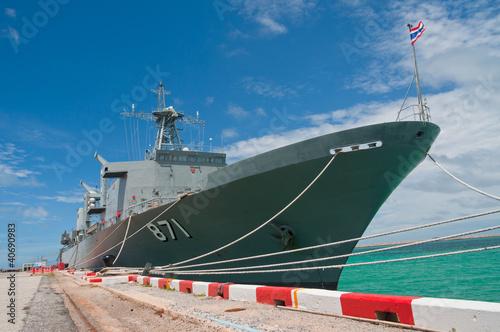 Canvas Warship