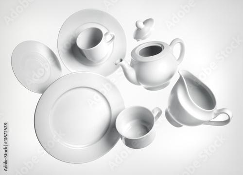 Vajilla platos tazas blancos porcelana Fototapeta