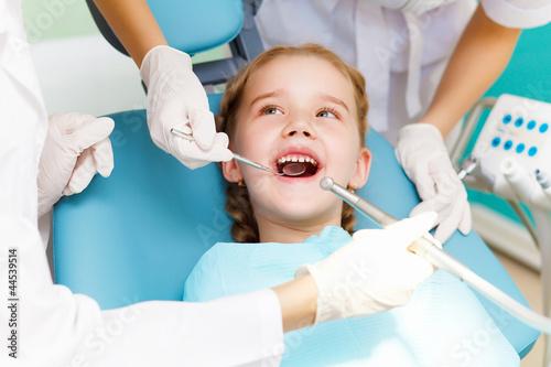 Little girl visiting dentist #44539514