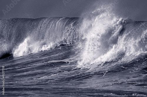 Big atlantic wave
