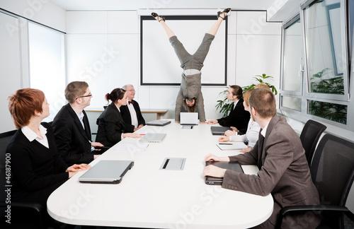 Fotografiet Konferenzraum - Handstand