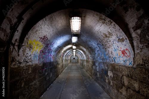 Valokuvatapetti abandoned tunnel