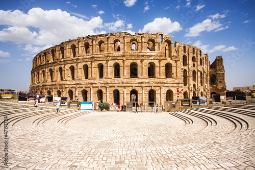 Fotografie, Obraz Ruins of the largest colosseum in in North Africa. El Jem,Tunisi