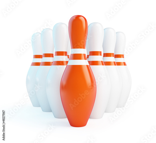 Fotografia red skittles bowling on a white background