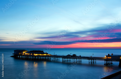 Photo cromer pier at sunrise on english coast