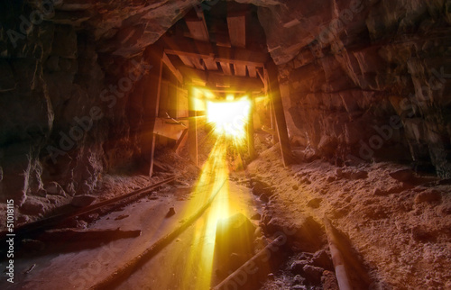 Gold Light Beams Fototapete
