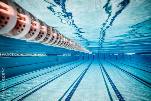 Obraz na plátně Plavecký bazén