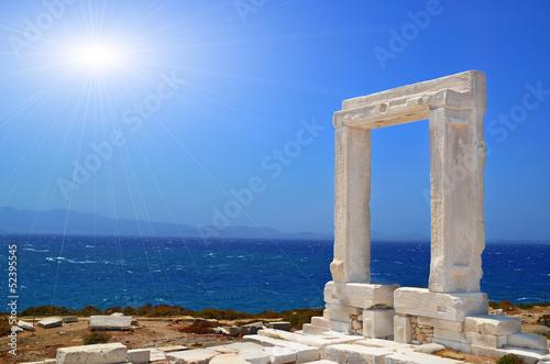 Fototapeta portara ancient greek temple ruins sea san in naxos island