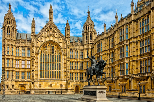 Fotografie, Obraz Richard I statue outside Palace of Westminster, London