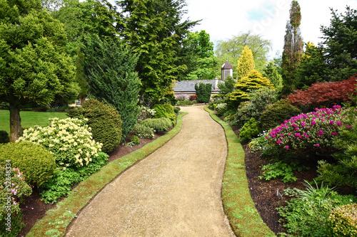 Fototapeta premium Piękny wiosenny ogród