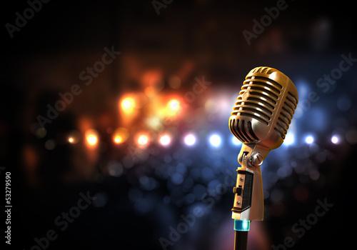 Fotografia Mikrofon audio w stylu retro