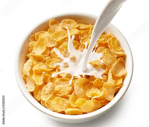 Photo corn flakes with milk