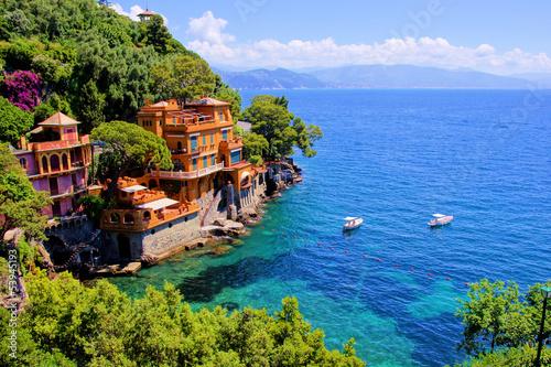 Fototapeta Luxury homes along the Italian coast at Portofino