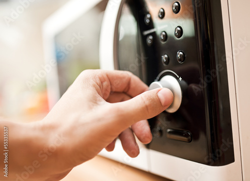Using microwave oven