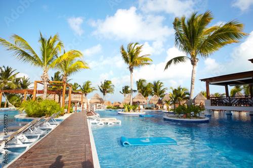 Fotografie, Obraz Swimming pool at caribbean resort.