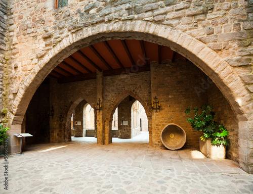 Canvas Print courtyard of Castle of Cardona