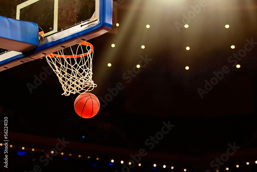 Canvas Print Basketball basket with all going through net