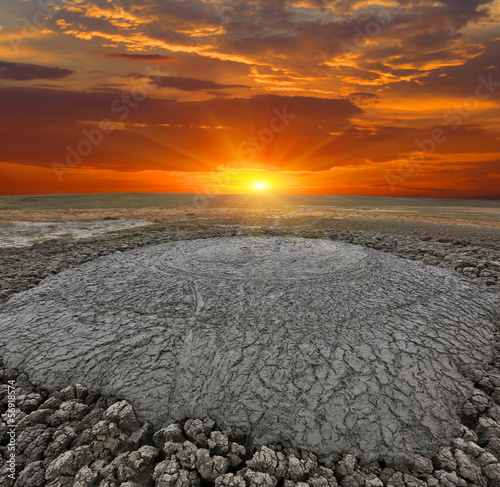 dirt volcano Fototapete