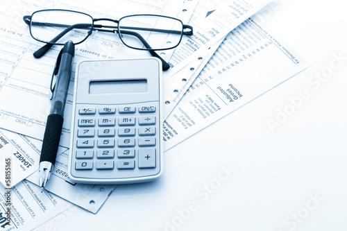 Canvas Print Tax return