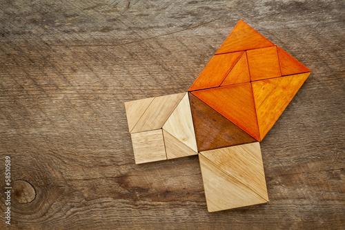 Pythagorean theorem in tangram puzzle