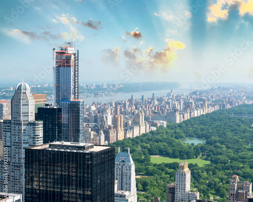 Dusk over Central Park in New York. Magnificent aerial view Fotobehang
