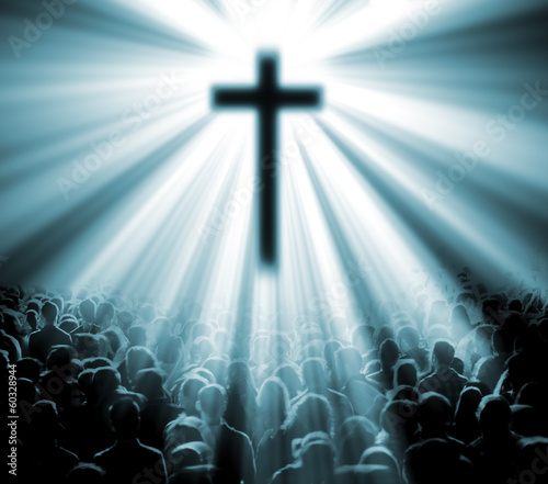 Valokuva ilustracion con cruz y fieles. Iglesia Cristiana.