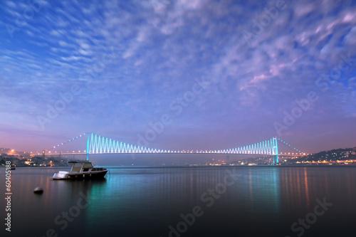 Leinwand Poster Istanbul, Bosphorus Bridge in the morning