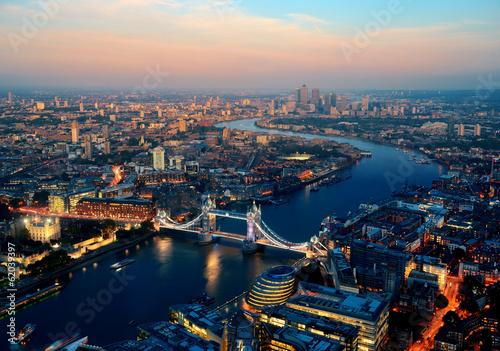 Noc Londynu