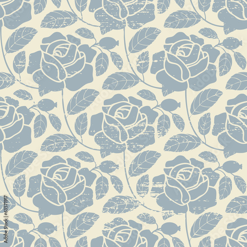 Vintage vector seamless pattern background with roses