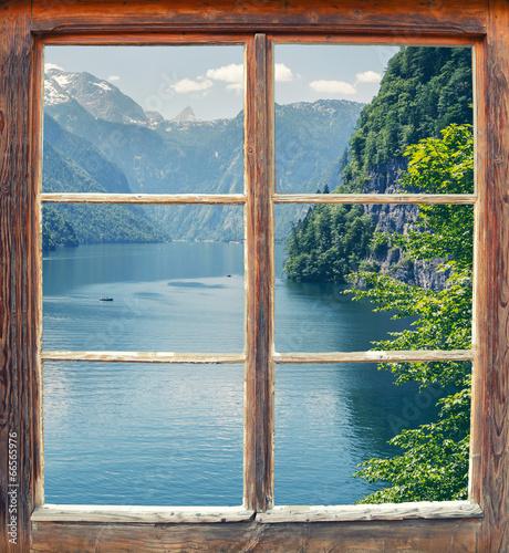 Fototapeta Widok z okna na jezioro Königssee, Niemcy panoramiczna