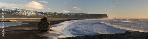 фотография Black beach of Dyrholaey, Vik, Iceland