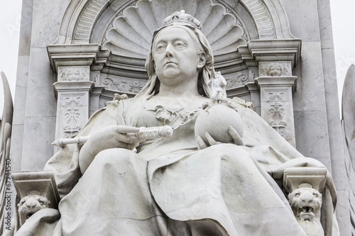 Fototapeta Queen Victoria Memorial (1911) near Buckingham Palace, London UK