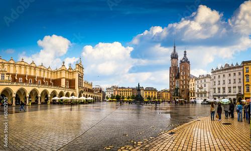 Fototapeta Kraków - historyczne centrum miasta po opadach do pokoju
