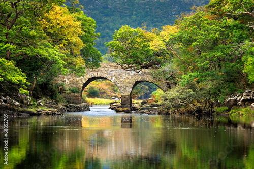 Irladia, zabytkowy most